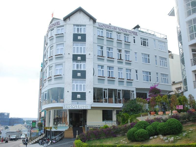 Pho Nui Hotel - Hotels and Accommodation in Vietnam, Asia