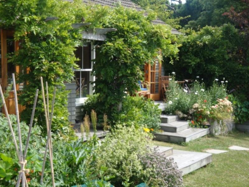 Featherstone Country Living Bed & Breakfast