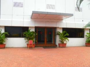 โรงแรม ซิลเวอร์ คลาวด์