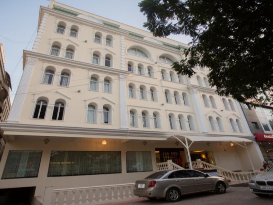 Royal Reve Hotel - Hyderabad