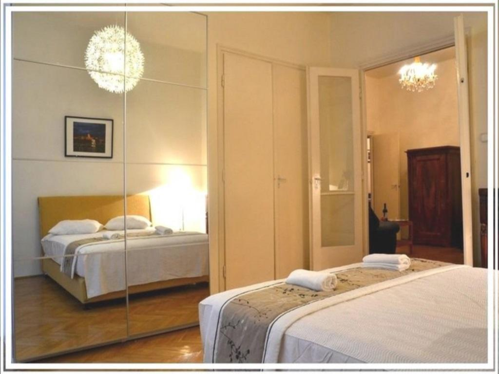 Danube River Classic Apartment