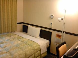 hotel Toyoko Inn Chiba-eki Higashi-guchi