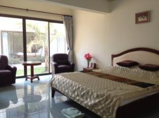 Hotel Villa Nampapa ויינטיאן - חדר שינה