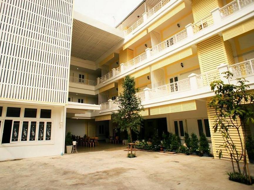Hotell Sri Krungthep Hotel i , Bangkok. Klicka för att läsa mer och skicka bokningsförfrågan