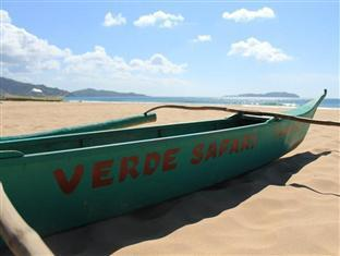 Verde Safari Excursions Bed and Breakfast El Nido - Beach Side
