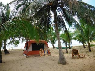 Verde Safari Excursions Bed and Breakfast El Nido - Large Stand Up Tent