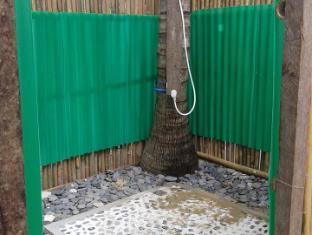 Verde Safari Excursions Bed and Breakfast El Nido - Bathroom