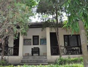 Rhino Lodge Bardia