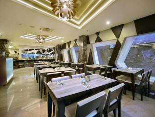Hotel Neo Kuta Jelantik Balis - Restoranas