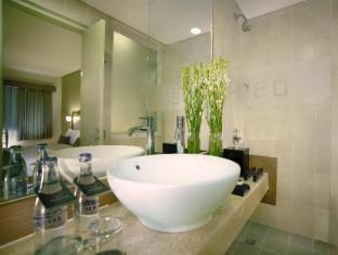 Hotel Neo Kuta Jelantik Balis - Vonios kambarys