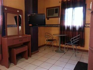 Jackarde Suites Manila - Double Room