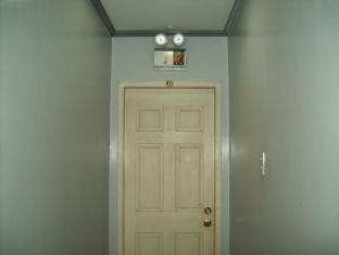 Jackarde Suites Manila - Hallway