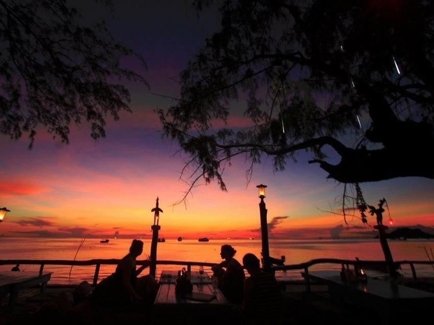In touch resort sairee beach koh tao thailand great for Hotels koh tao