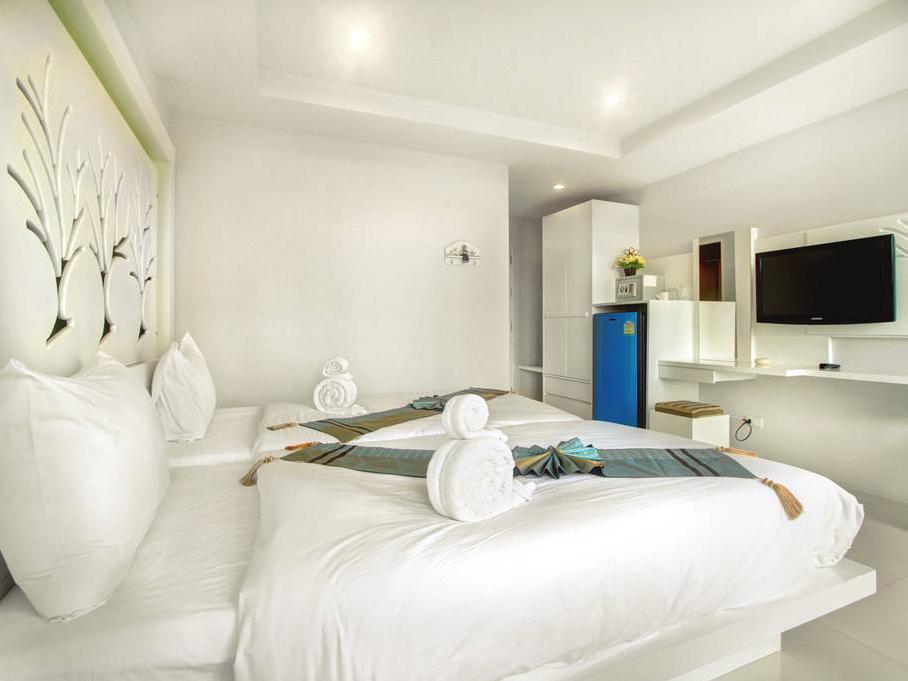 Hotell The Silk Hill Hotel i Patong, Phuket. Klicka för att läsa mer och skicka bokningsförfrågan