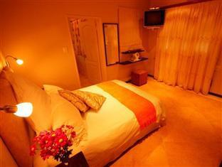 Lumley's Place Bed and Breakfast Stellenbosch - Silvermine Room