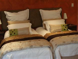 Lumley's Place Bed and Breakfast Stellenbosch - Peerboom Single Beds