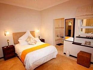 Lumley's Place Bed and Breakfast Stellenbosch - Guest Room