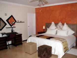 Lumley's Place Bed and Breakfast Stellenbosch - Guest Room Interior
