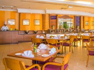 Grand Continental Kuching Hotel Kuching - Brasserie Kuching Coffee House