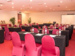 Grand Continental Kuching Hotel Kuching - Mötesrum