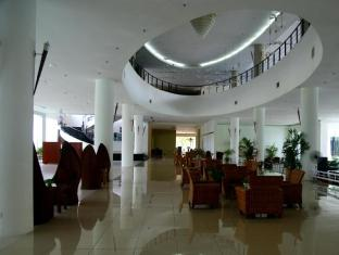 One Hotel Helang Langkawi - Lobby Sitting Area