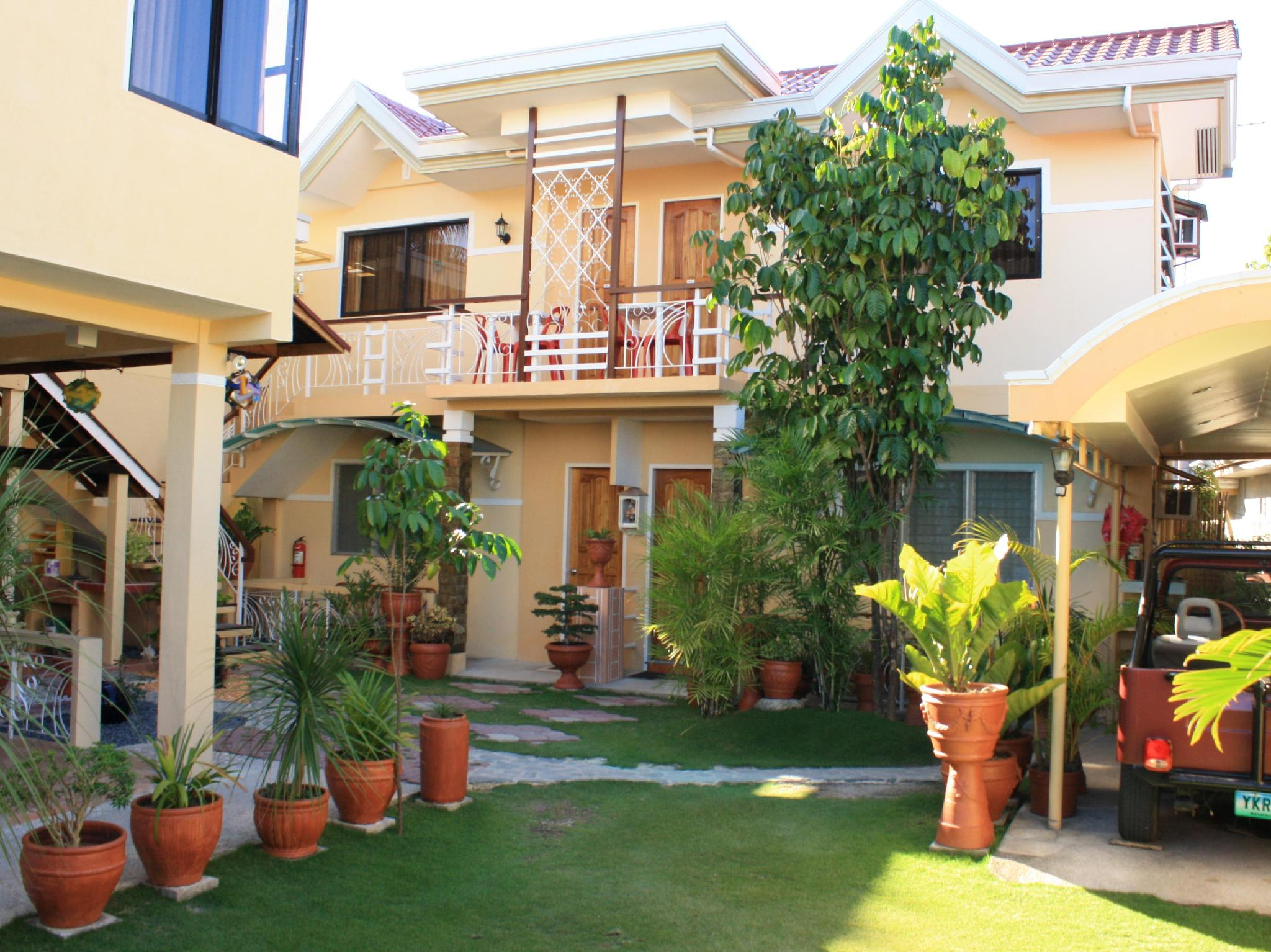 Oslob Malonzo Pension House - Hotels and Accommodation in Philippines, Asia