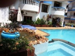 MonteRio Resort North Goa - Swimming Pool