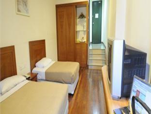 Straits Meridian Hotel - Room type photo