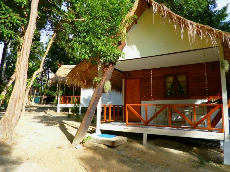 Hotell Smile Sunset Resort i Koh Lipe, Nst. Klicka för att läsa mer och skicka bokningsförfrågan