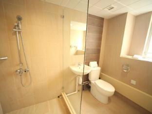 H1 Hotel Hong Kong - Bathroom