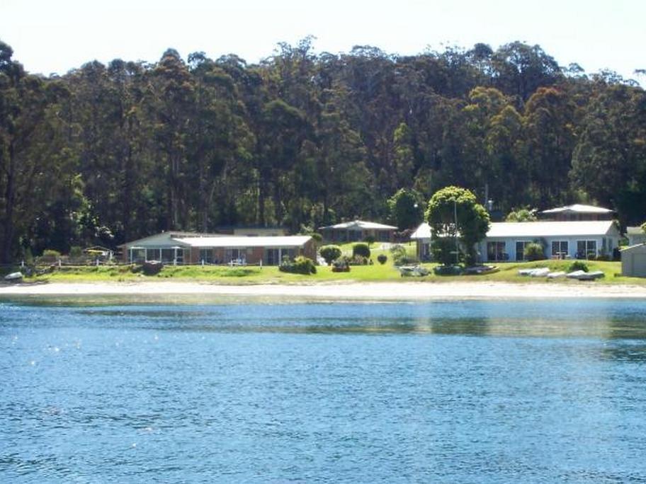 Quarantine Bay Beach Cottages - Hotell och Boende i Australien , Eden