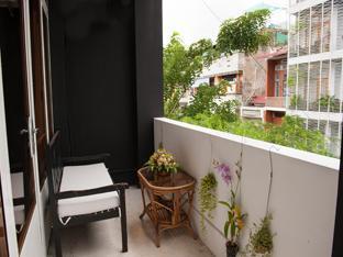 Koki Tree Apartment Phnom Penh - Parveke/Terassi