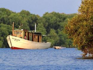 Konkan Explorers - Houseboat