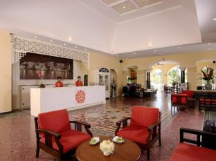 The Front Village Hotel Phuket - Foyer