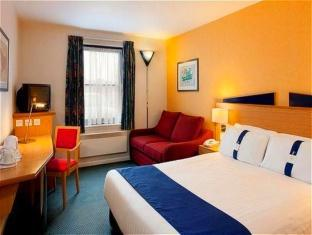 Holiday Inn Express Perth Perth - 1 Double Bed With Sofabed Nonsmoking