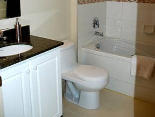 Toronto Luxury Accommodations 263 Wellington Street West Hotel टोरंटो (ON) - बाथरूम