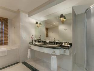 Fraser Place Manila Manila - Bathroom