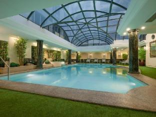 Richmonde Hotel Ortigas Manila - Swimming Pool