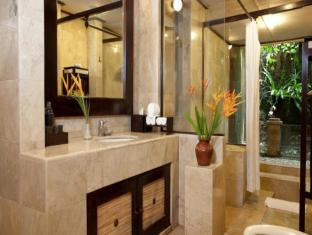 Barong Resort & Spa Bali - Bathroom