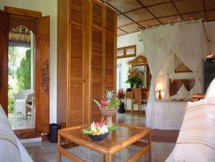 Bali Royal Suites Bali - Superior Suite Bedroom