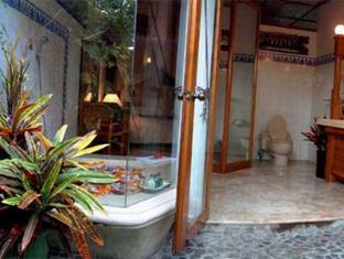 Bali Royal Suites Bali - Bathroom