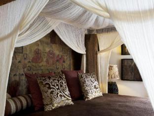 The Damai Bali - Hotellihuone