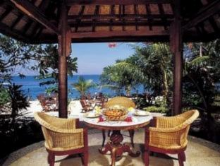 The Alang Alang Beach Resort Lombok - Restaurant