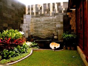 Ari Putri Hotel Bali - Garden