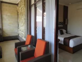 Ari Putri Hotel Bali - Balkon/terasa