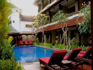 Ari Putri Hotel Bali - Swimming Pool