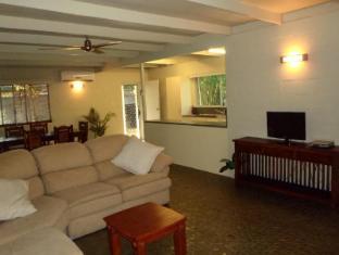 Cairns Beach & Golf Holiday House Cairns - Interior
