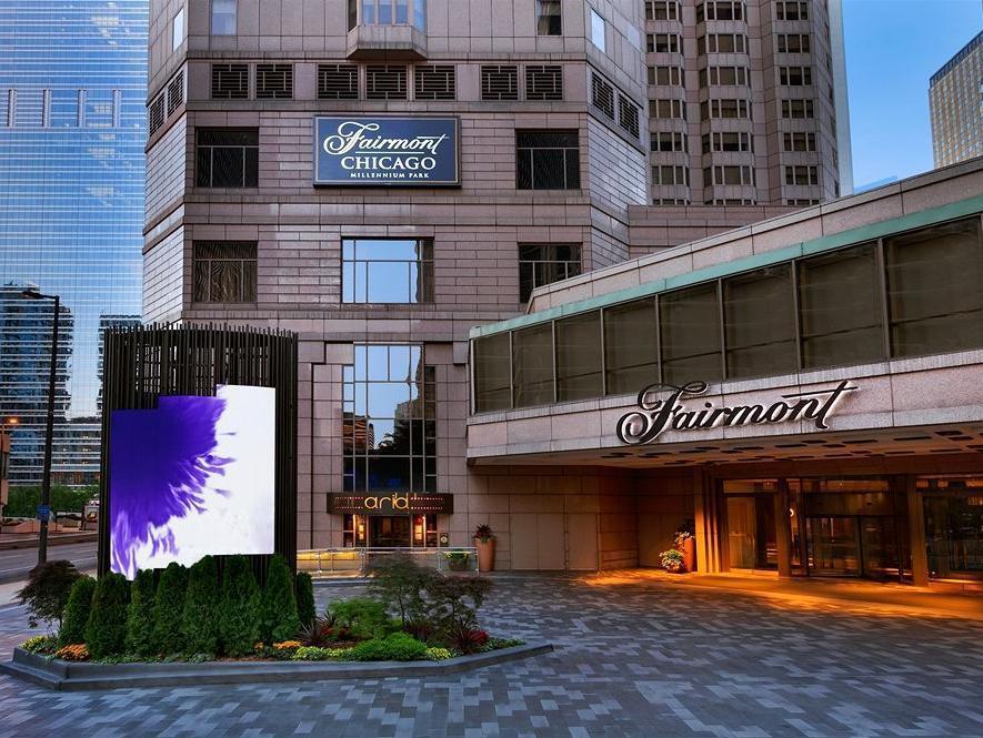 The Fairmont Chicago Hotel