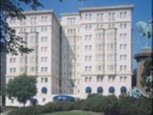 โรงแรมเชอร์ชิล