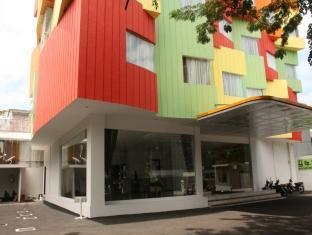 Hotel N3 Jakarta - Hotel Exterior